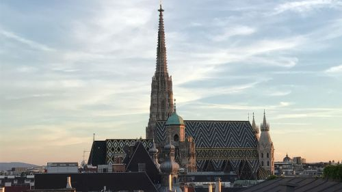 St. Stephens Cathedral Roof Top View in Vienna © echonet.at / rv